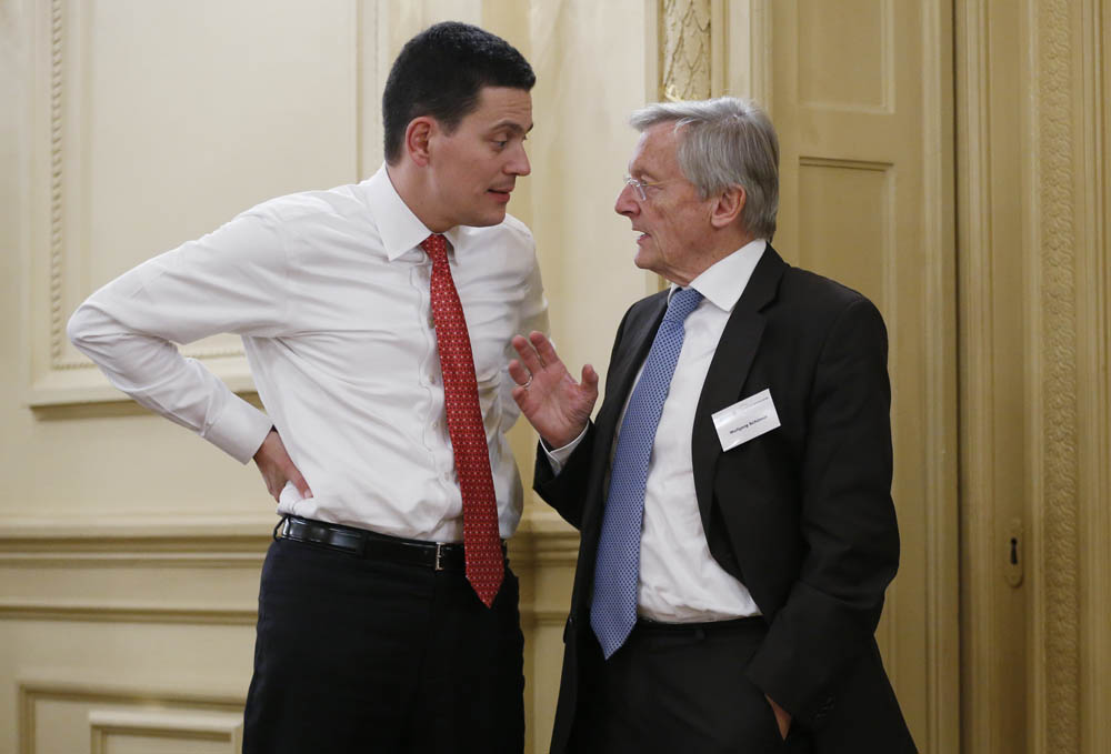 l to R David Miliband MP, Wolfgang Schüssel