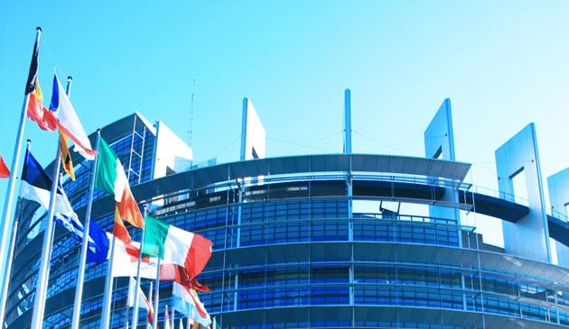 How to reduce the EU's democratic deficit