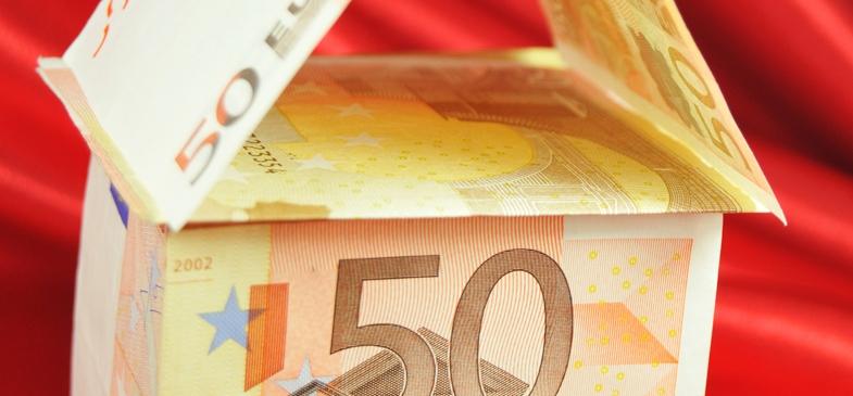 Eurozone debate divides government