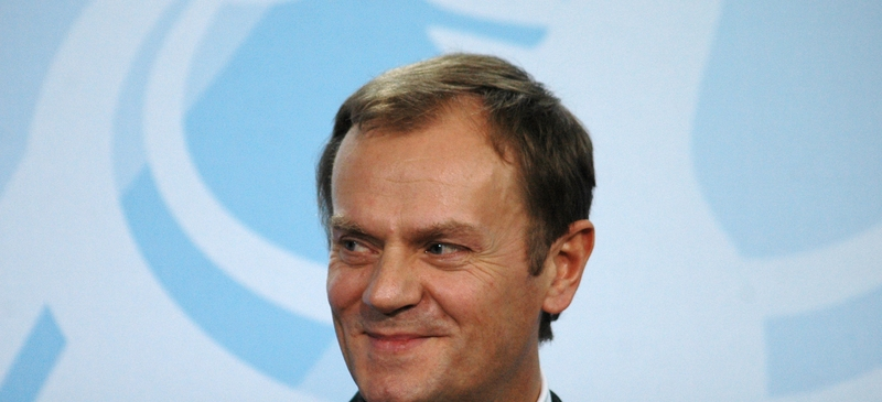 Polish PM 'clear favourite' for next commission chief spotlight image
