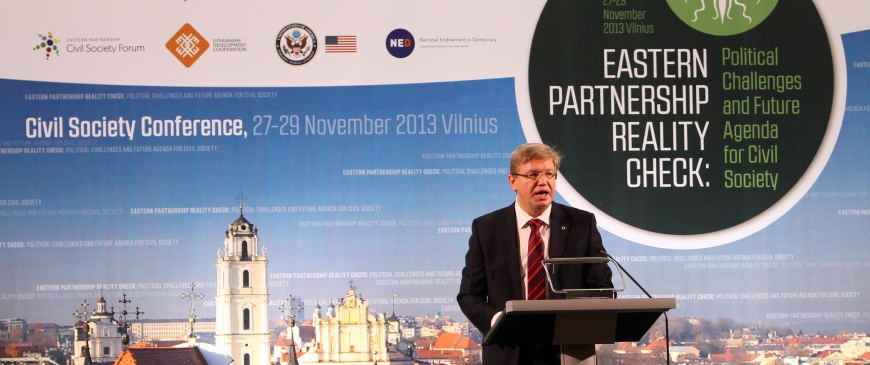 The Eastern Partnership: The road from Vilnius leads to ...?