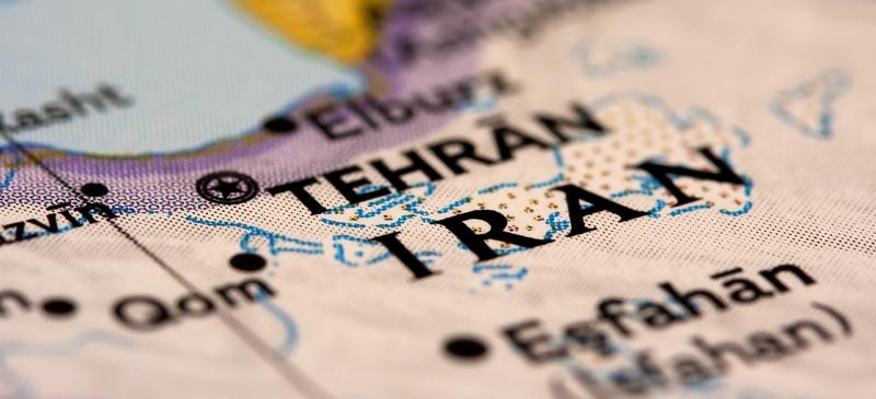 Iran between worlds