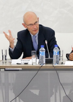 Allianz-CER forum on 'The biggest prize? Prospects for a Transatlantic Trade and Investment Partnership' event thumbnail